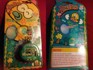 Embalagem do Dinkie Dino, versão americana do Dinokun.